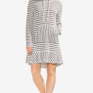 Vince Camuto striped hooded dress. L